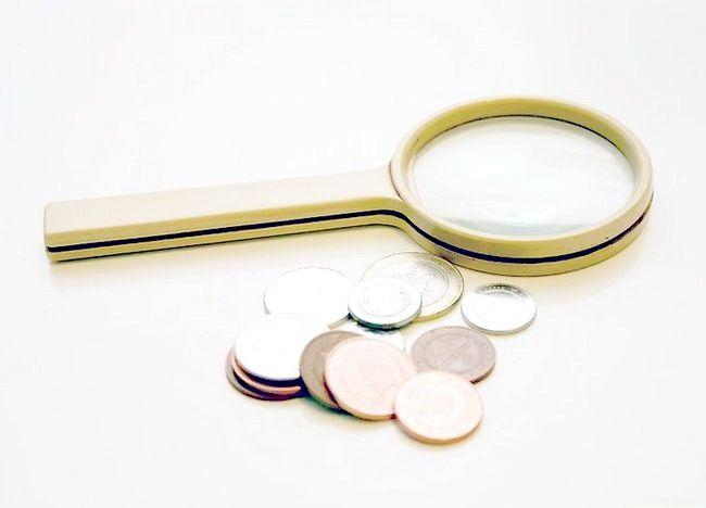 Imaginea intitulată Ajutați un copil să înceapă o colecție de monede Pasul 1