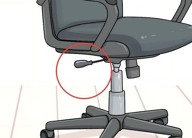 Imaginea intitulată Reglați înălțimea scaunului pentru birou Pasul 2
