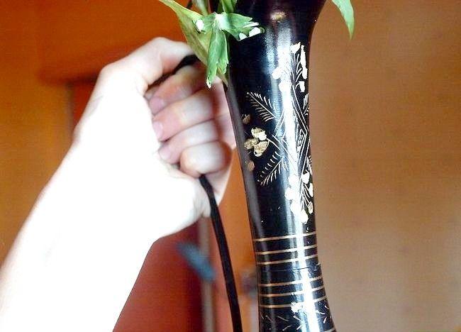 Imagine cu titlul Aranjați un buchet de flori Pasul 2