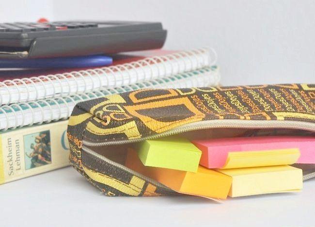 Imagine intitulată Împachetează un sac de școală (Teen Girls) Pasul 3Bullet4