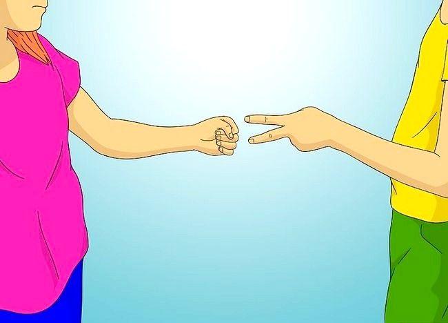 Cum să jucați foarfece de hârtie de piatră Spock