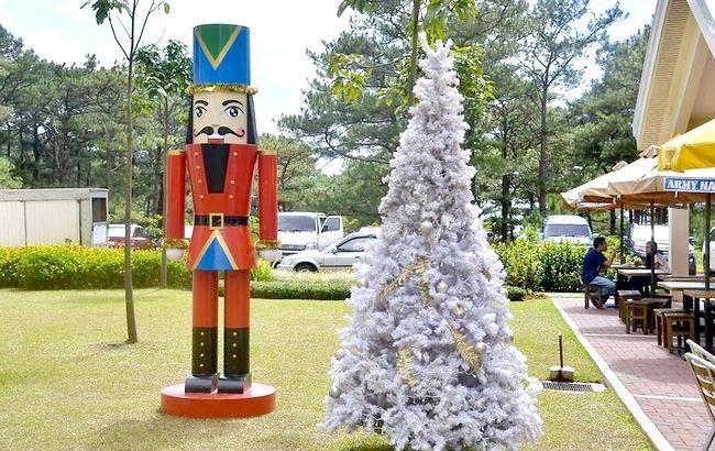 Imagine intitulată Sărbătoriți Crăciunul în timp ce călătoriți Pasul 6