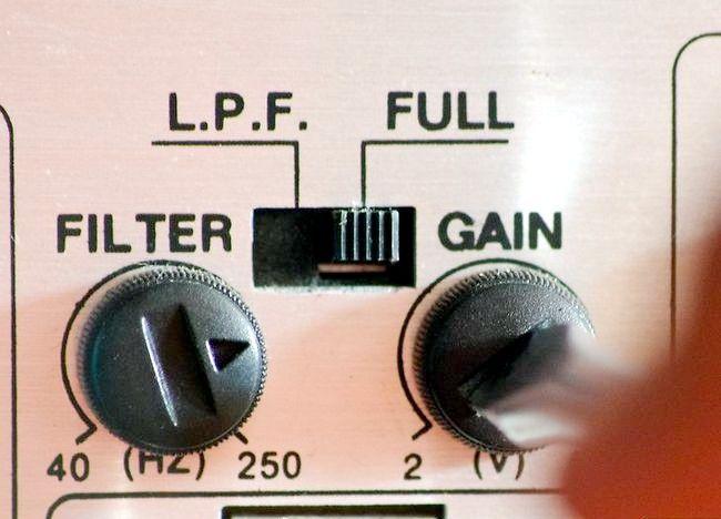 Imaginea intitulată Setați câștigul pe un amplificator de mașină Pasul 2