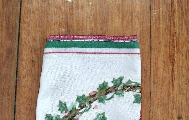 Imaginea intitulată Cusătură de mână cu Mini Crăciun Pasul 9Bullet1