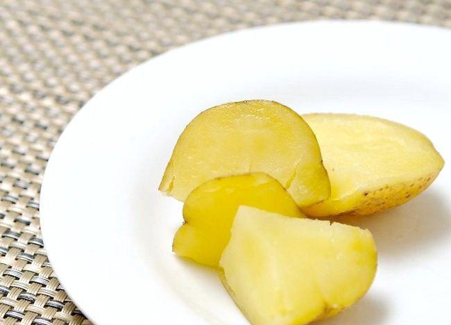Imaginea intitulată Cartofi de gătit într-un aragaz sub presiune Pasul 20