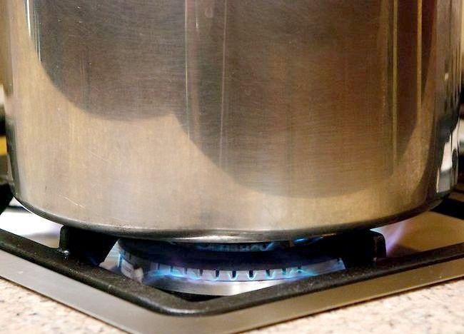 Imaginea intitulată Cartofi de gătit într-o mașină de gătit sub presiune Pasul 7