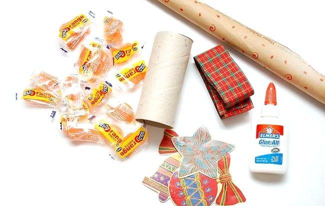 Imaginea intitulă Make Crackers Craciun Pasul 1