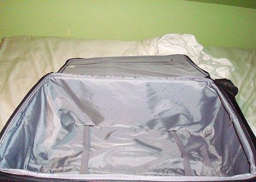 Cum să călătorești cu doar o valiză