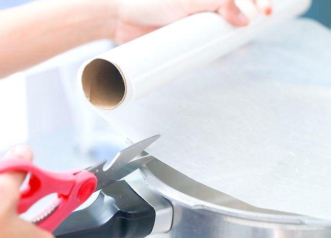 Imaginea intitulată Creați un tort folosind o mașină de gătit sub presiune Pasul 6