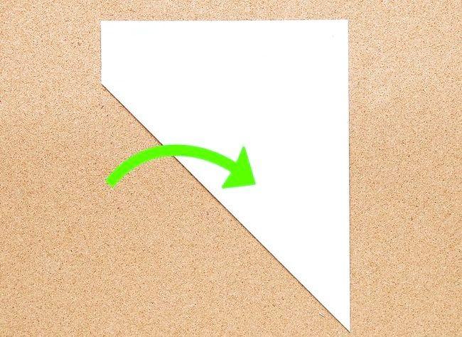 Poza intitulată Faceți o hârtie de zăpadă Kirigami Step 1