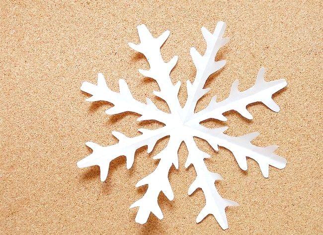 Imaginea intitulă Efectuați o finisare de zăpadă Kirigami Paper