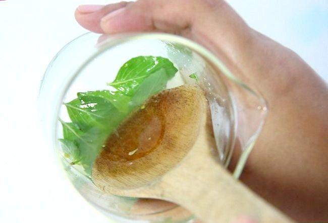 Imaginea intitulă Faceți un pepene verde Mojito Pasul 2