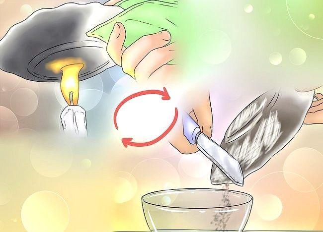 Imaginea intitulă Fă-ți amprenta cu pulbere Pasul 5