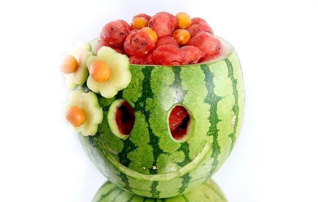 Imagine intitulată Carve a Smile on a Watermelon Intro