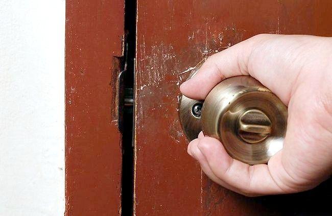 Cum de a închide o ușă fără a face zgomot