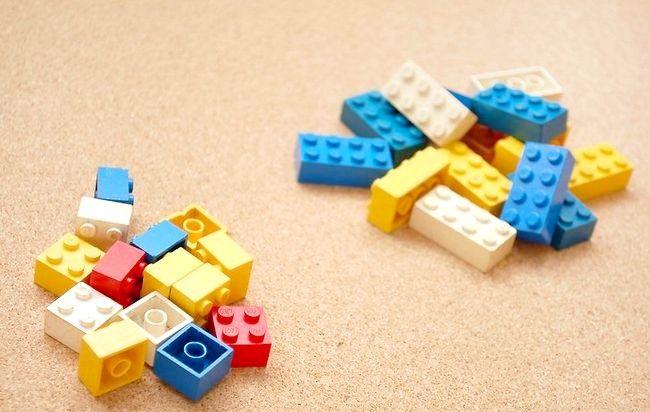 Imagine intitulată Sortați și păstrați LEGO Toys Step 3