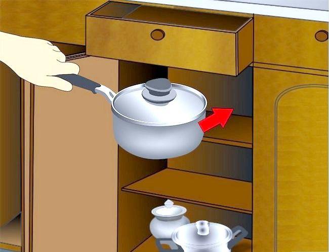 Imaginea intitulată Cabinete de bucătărie curate Pasul 9