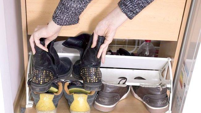 Imaginea intitulată Curățați dulapul dvs. Pasul 8
