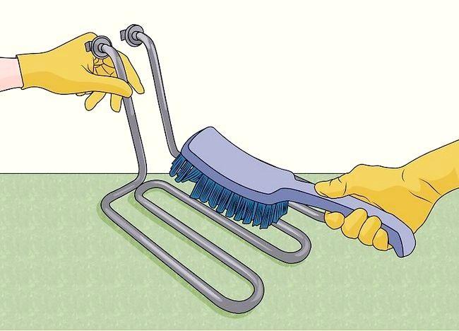 Imaginea intitulată Curățarea unei friteuze profunde Pasul 17