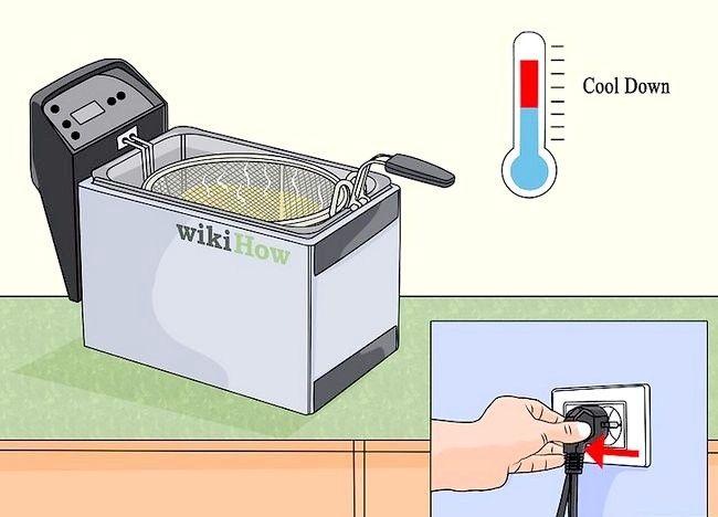 Imaginea intitulată Curățarea unei friteuze profunde Pasul 2