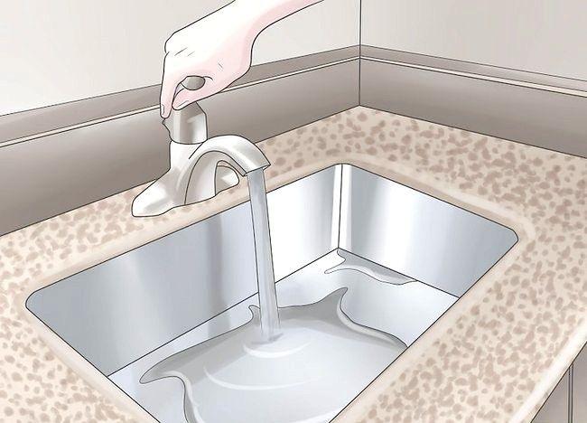 Imaginea intitulată Curățați o chiuvetă de granit Pasul 5
