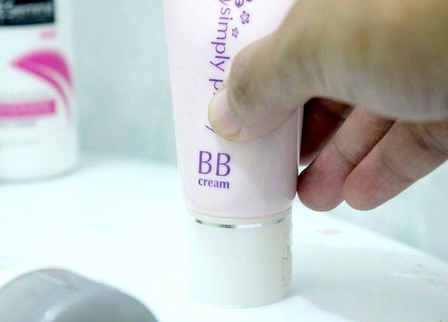 Imaginea intitulată Îmbunătățiți tenul pentru piele Pasul 4