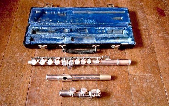 Cum să montați un flaut