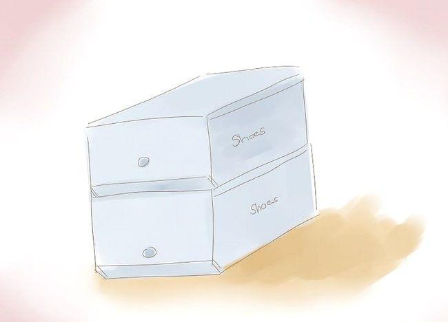 Imaginea intitulată Organizați un mic dulap Pasul 8Bullet1