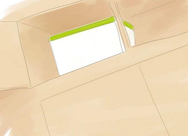 Imaginea intitulată Organizați un mic dormitor Pasul 3Bullet3