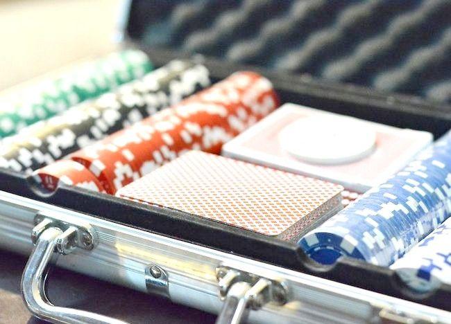 Cum să organizați un turneu de poker la domiciliu
