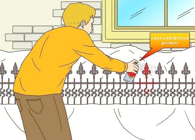 Imagine cu titlul Pregătiți un gard din fier forjat pentru pictura Pasul 5