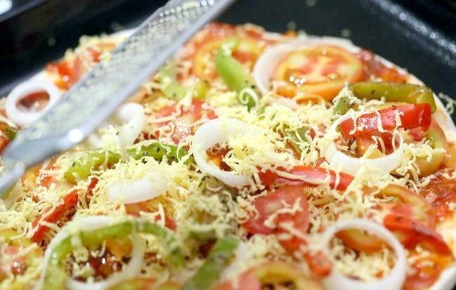 Imaginea intitulată Faceți o pizza sănătoasă Pasul 4