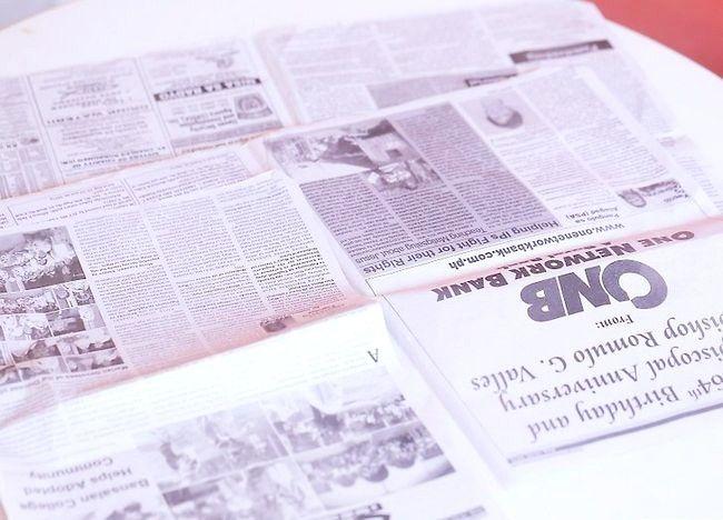 Imaginea intitulată Recycle Paper Step 3
