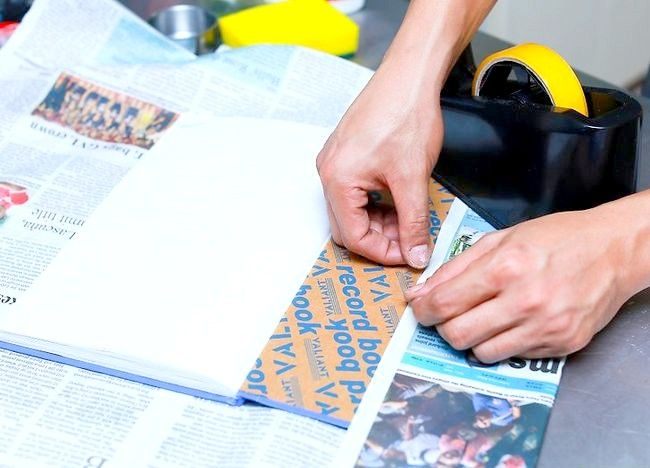 Imaginea intitulată Recycle Paper Step 9