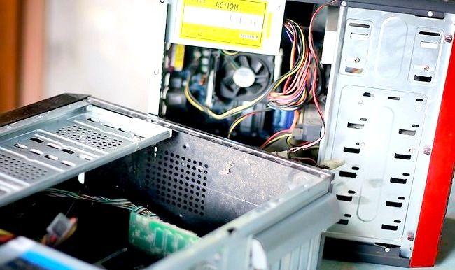 Imaginea intitulată Reciclarea unui computer Pasul 2