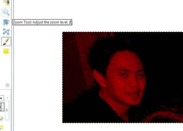 Imaginea intitulată Reduce ochii roșii pe fotografii utilizând GIMP Pasul 9