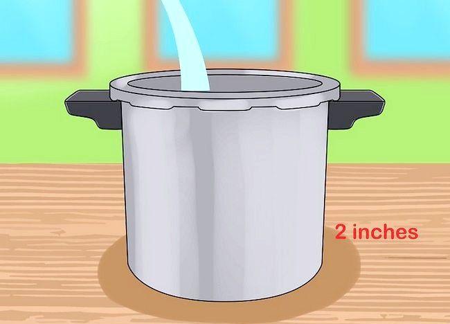 Imaginea intitulată Îndepărtați cerneala din recipiente cu sare Pasul 1