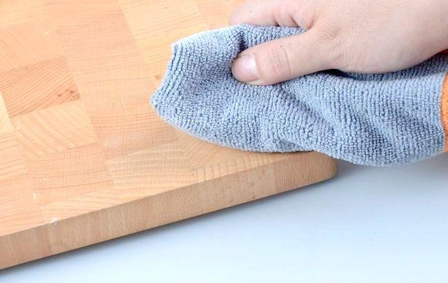 Imagine intitulată Îndepărtarea vopselei acrilice din lemn Pasul 12