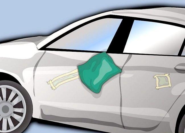 Ștergerea imaginii Paint Paint Up care a fost uscată pe ușa mașinii Pasul 9