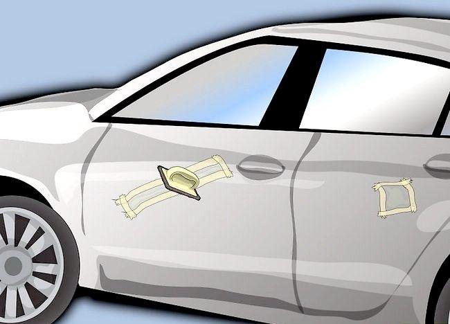 Picture Removal Paint Up care a fost uscat pe ușa mașinii Pasul 10