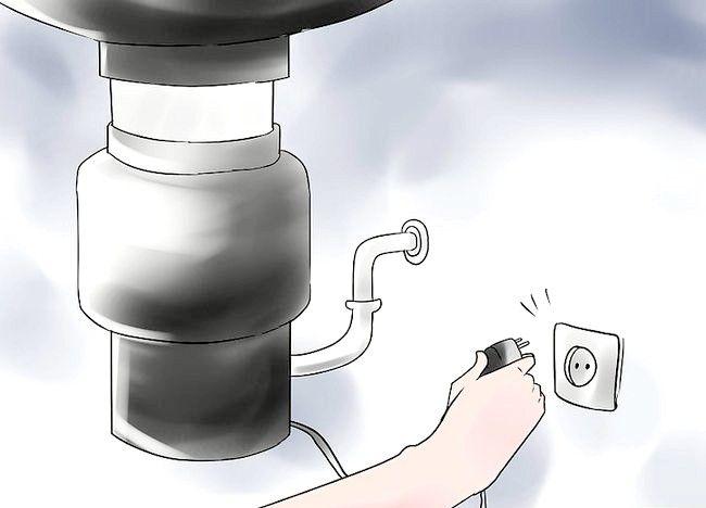 Cum să eliminați o pahar din concasorul alimentar