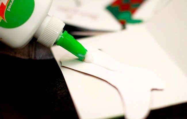 Imagine intitulată Recycle Christmas Cards Step 13Bullet4