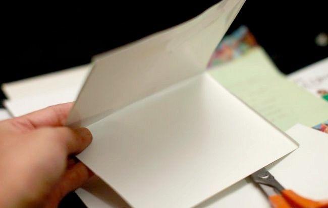 Imagine intitulată Recycle Christmas Cards Step 14Bullet1