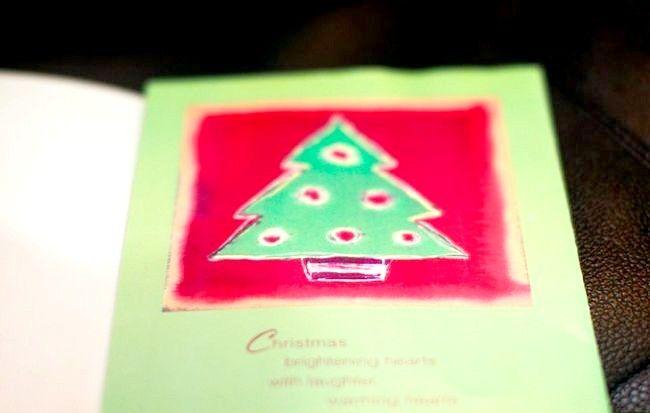Imaginea intitulată Recycle Christmas Cards Step 10