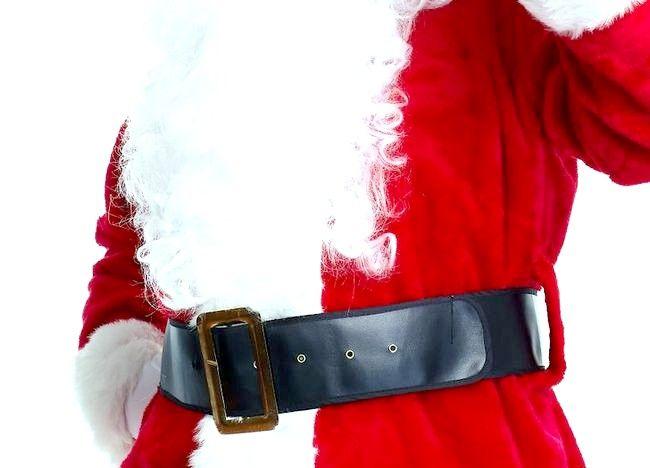 Imaginea intitulată Dress Up The Santa Claus Step 5