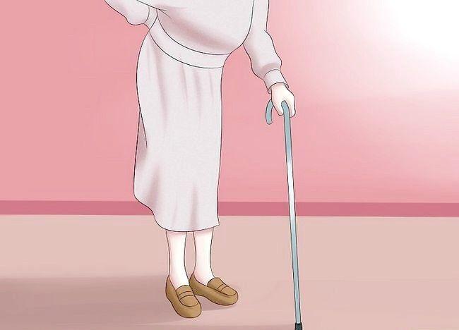 Imaginea intitulată Îmbrăcați ca o femeie de 100 de ani veche Pasul 10