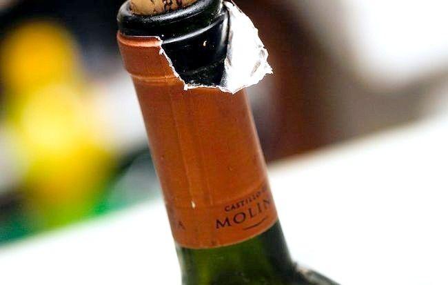 Cum să serviți o sticlă de vin