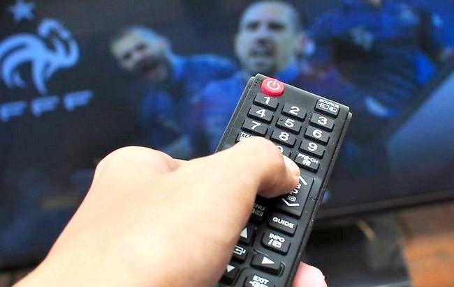 Imaginea intitulată Tunează-ți telecomanda cu Sky cu Pasul 3