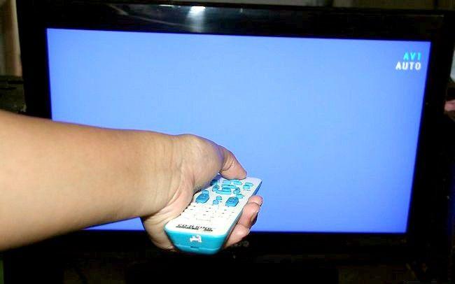 Cum să eliminați gumă de pe ecranul unui televizor LCD