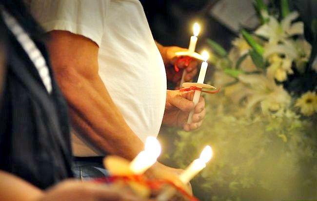 Imagine intitulată Fotografiați cu lumânarea lumânărilor Pasul 4